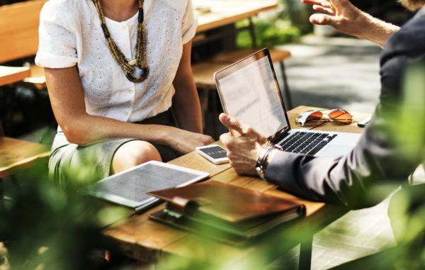 月1の収支報告会では、予算管理担当者も同席させる 予実管理tips#7